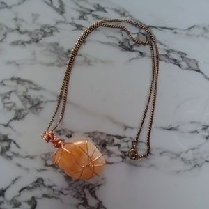 Jewelry - Quartz necklace